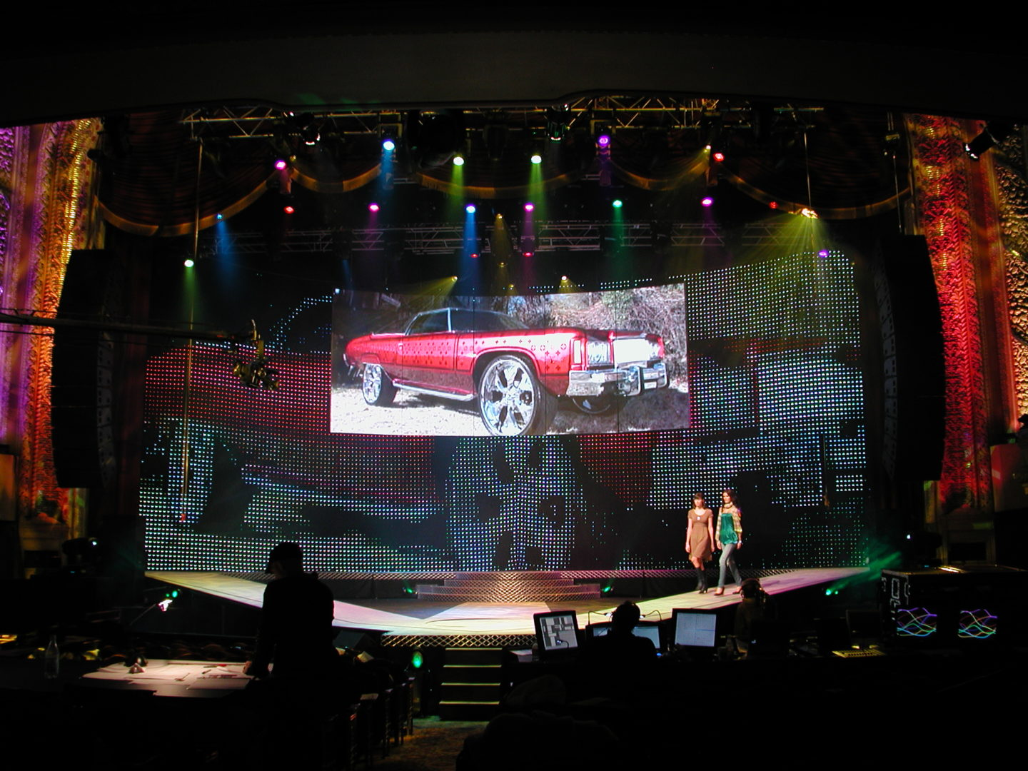 Macys Glamorama Barco I6xp LED Wall With LED Curtain