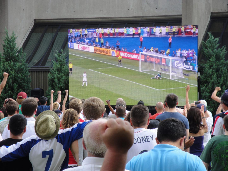Brits Pub Euro Cup Outdoor Daktronics PST-10HD LED Wall