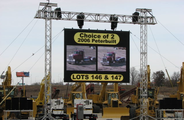 Heavy Equipment Auction Daktronics PST-10HD Outdoor LED Wall